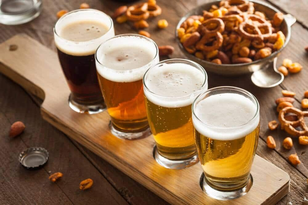 øl er linet up til ølsmagning