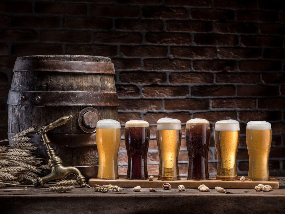 øl på række til ølsmagning
